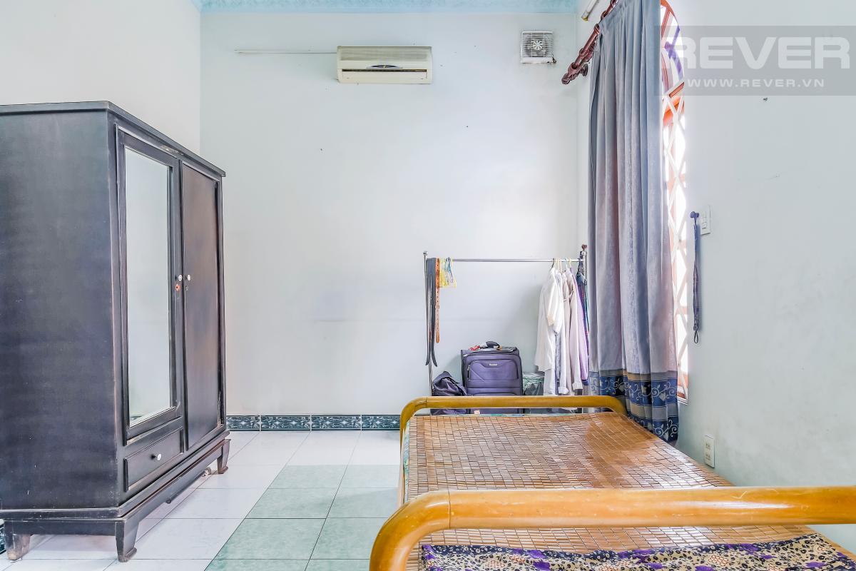 Phòng ngủ nhỏ Villa 3 tầng Đường số 12 Trần Não