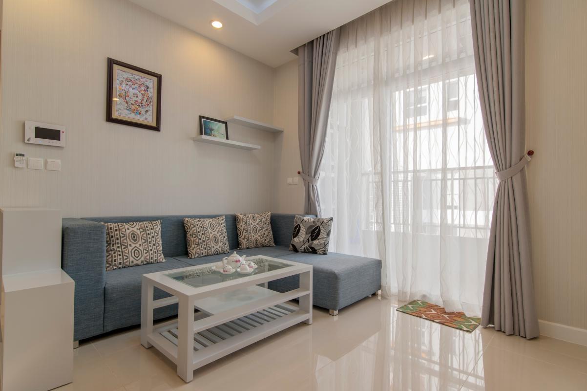 Phòng khách hướng Đông Bắc Căn hộ P2 Prince Residence 2PN đầy đủ nội thất