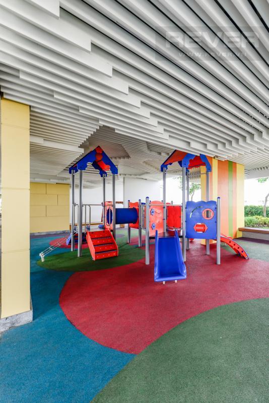 Sân chơi trẻ em trong nhà Căn hộ A1 Sarimi hai phòng ngủ, nhìn về trung tâm thành phố