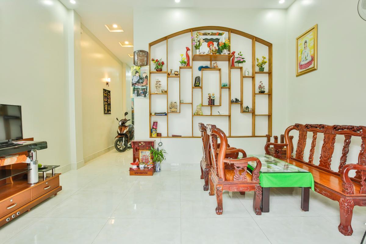 Phòng khách Nhà 3 tầng Tăng Nhơn Phú quận 9