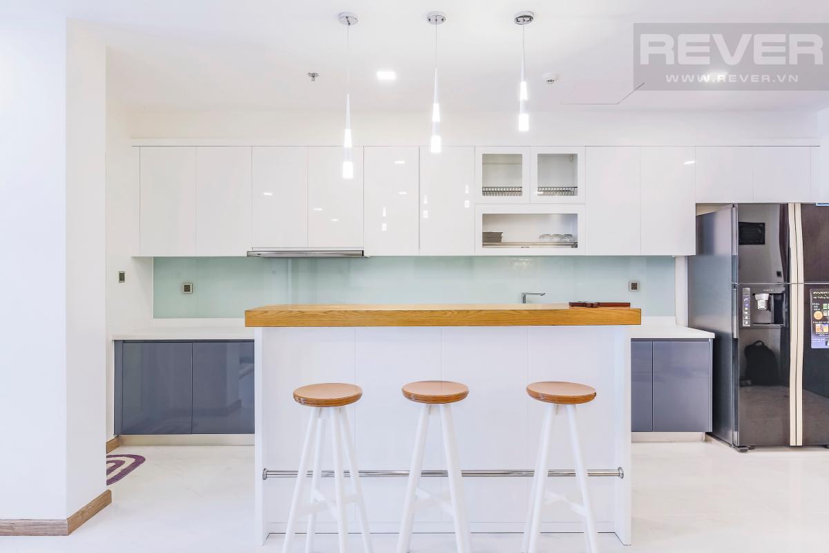 Phòng bếp với quầy bar Căn hộ hướng Tây tầng cao P1 Vinhomes Central Park
