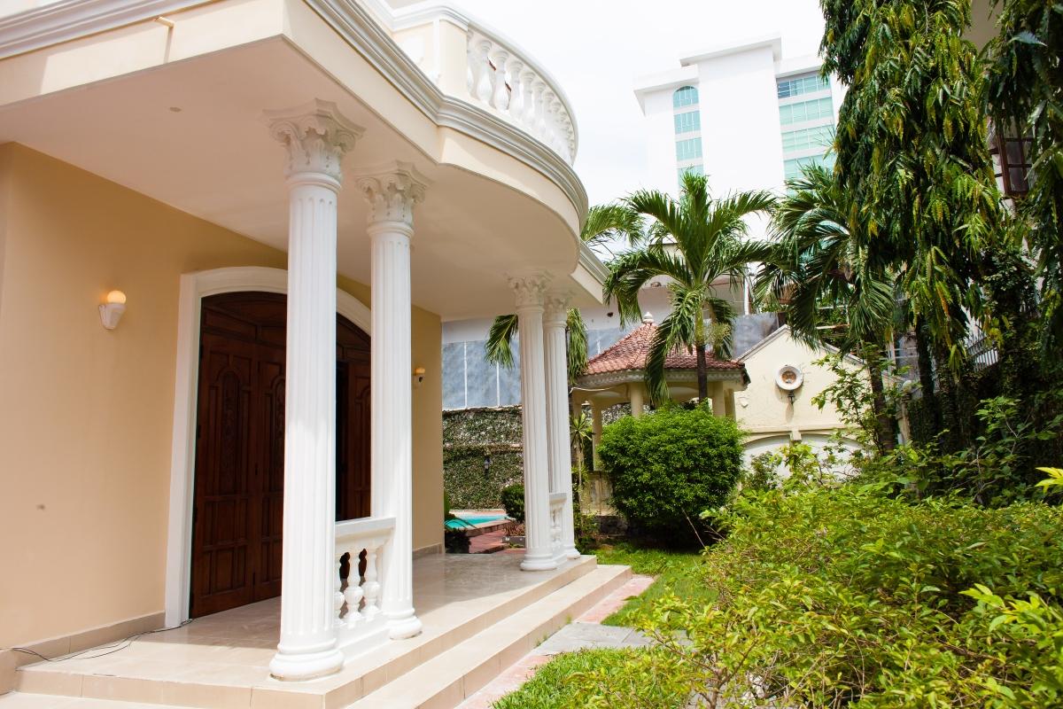 Villa Nguyễn Đăng Giai phong cách cổ điển 3