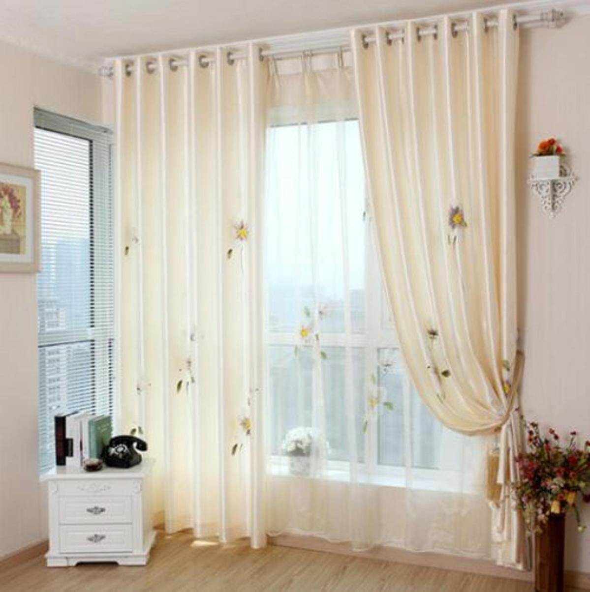 5 mẫu rèm đẹp mắt cho phòng ngủ