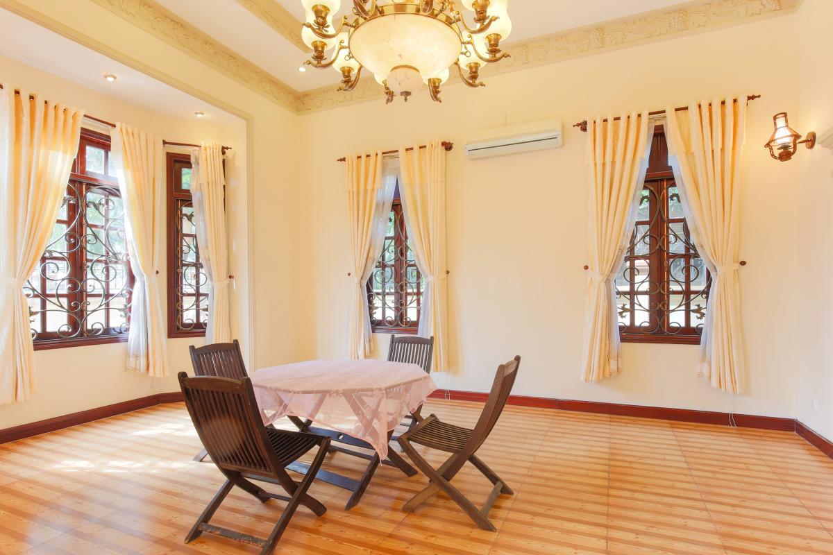 Bộ bàn trà lớn Villa 2 tầng Trần Ngọc Diện Thảo Điền