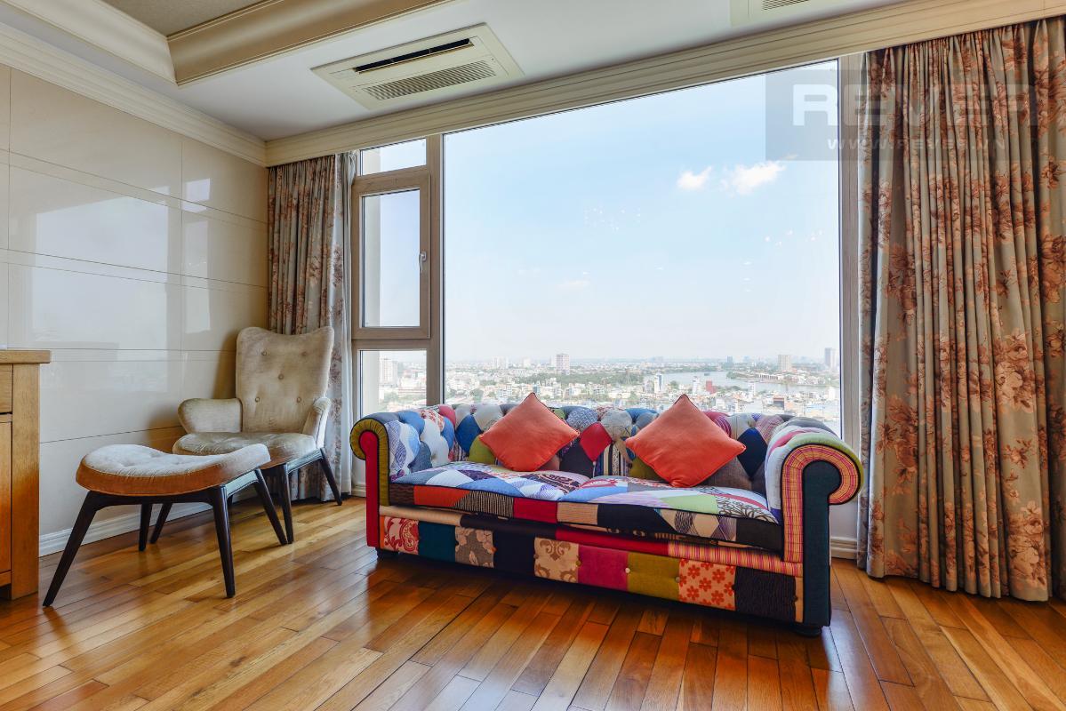 Góc tiếp khách nổi bật với sofa độc đáo Penthouse 2 tầng hướng Tây Bắc Cantavil Hoàn Cầu