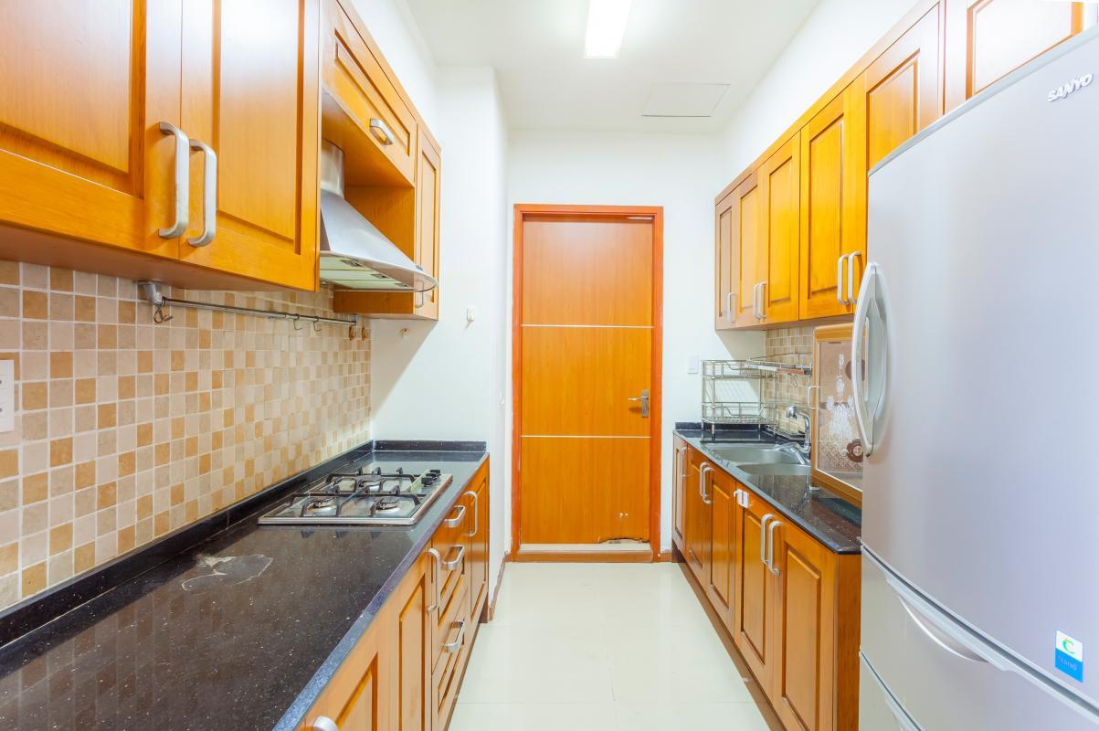 Phòng bếp sang trọng mang đậm nét truyền thống Căn góc tháp B V-Star Tấn Trường