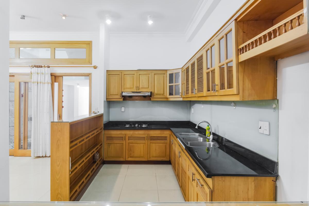 Phòng bếp Nhà 3 tầng mặt tiền Phạm Cự Lượng Tân Bình