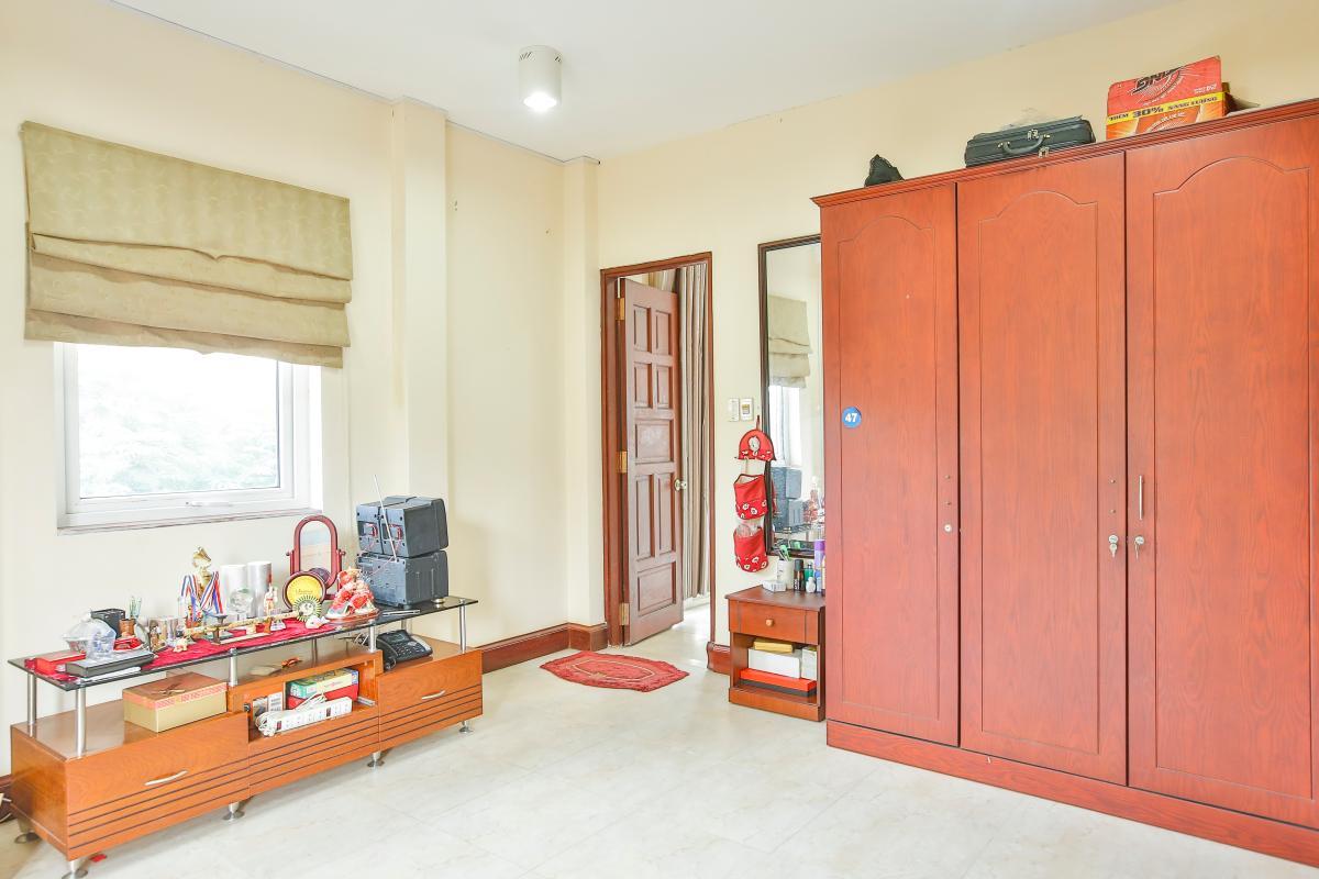 Nội thất phòng ngủ 2 Nhà 5 tầng mặt Hà Huy Tập quận 7