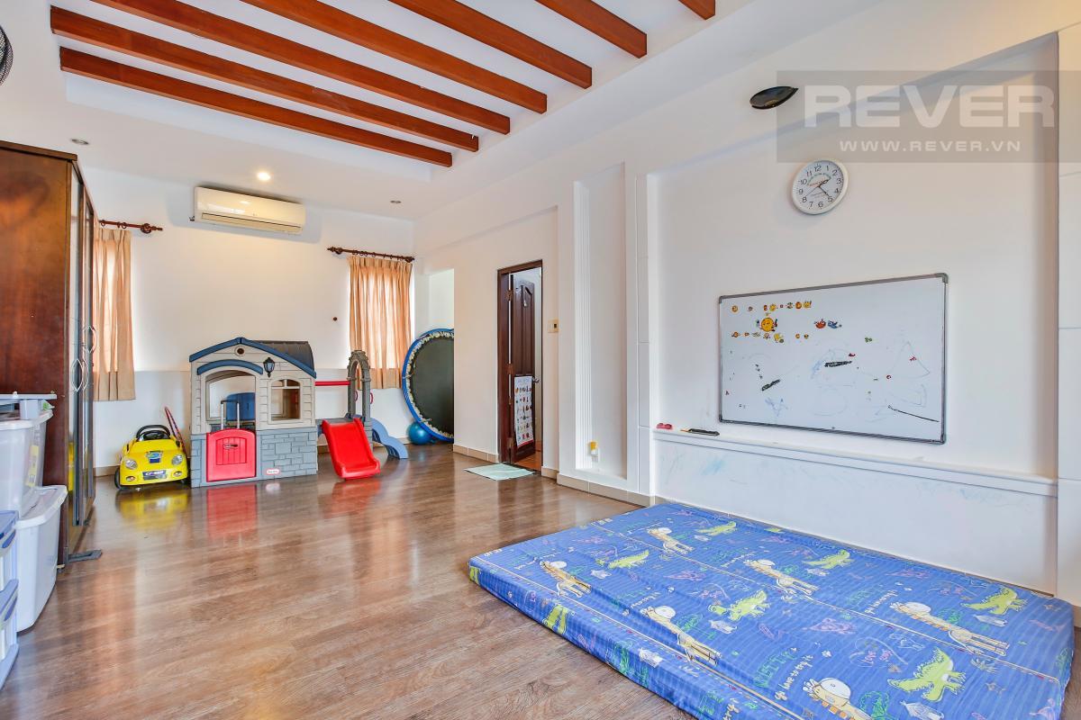 Phòng chơi cho con trẻ Nhà 3 tầng Nguyễn Văn Đậu