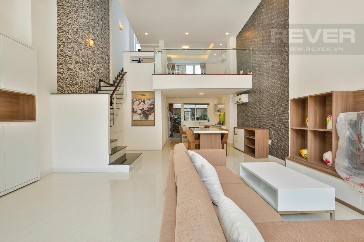 Phòng khách hướng Đông Nhà phố 3 tầng Phạm Thái Bường Quận 7