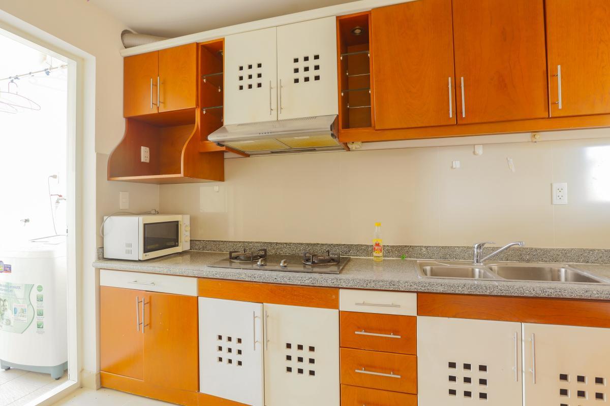 Nội thất phòng bếp gọn gàng Căn góc trung tầng tháp BC Cảnh Viên 2