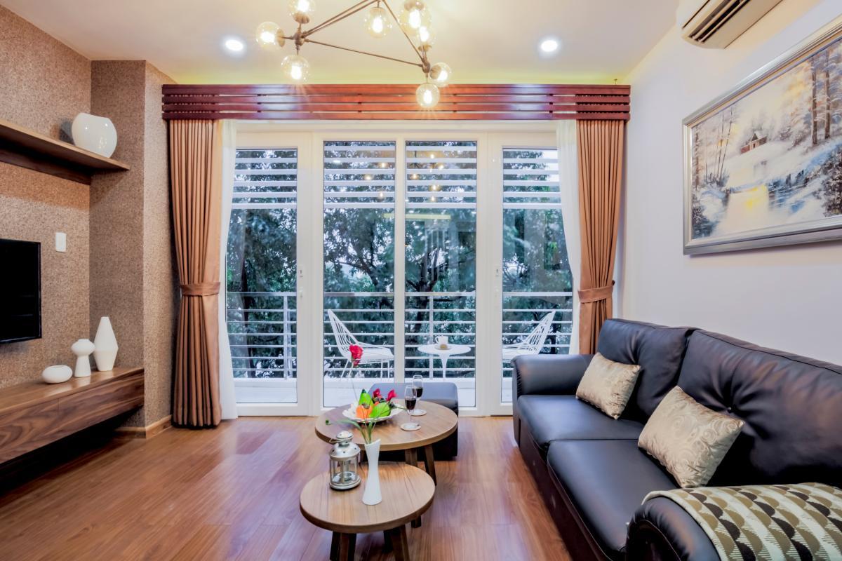 Phòng khách hướng Tây Nam Căn hộ 2 phòng ngủ Võ Văn Tần