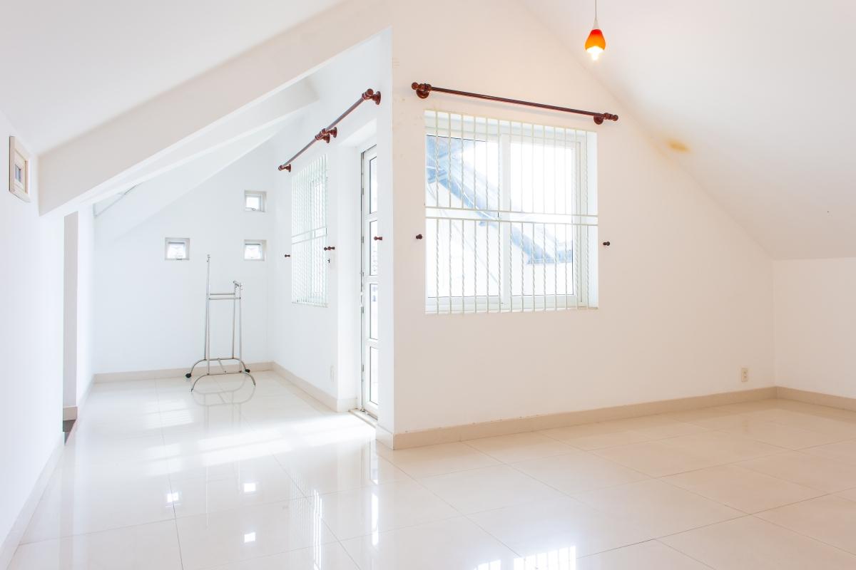 Tầng áp mái Villa đường số 14 Fideco Thảo Điền Quận 2