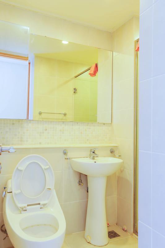 Phòng tắm Căn hộ tầng cao AW The Manor 1