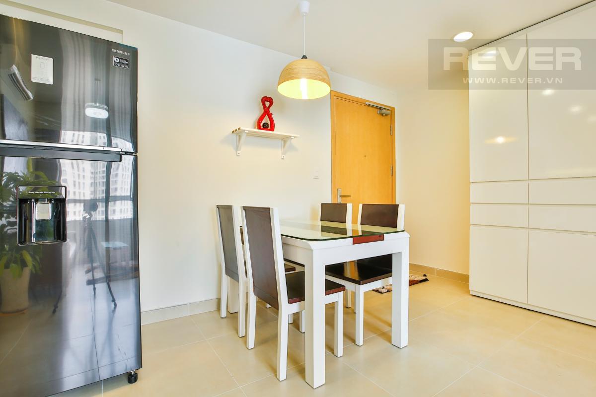 Bàn ăn Căn hộ tầng cao 2 phòng ngủ T4B Masteri Thảo Điền