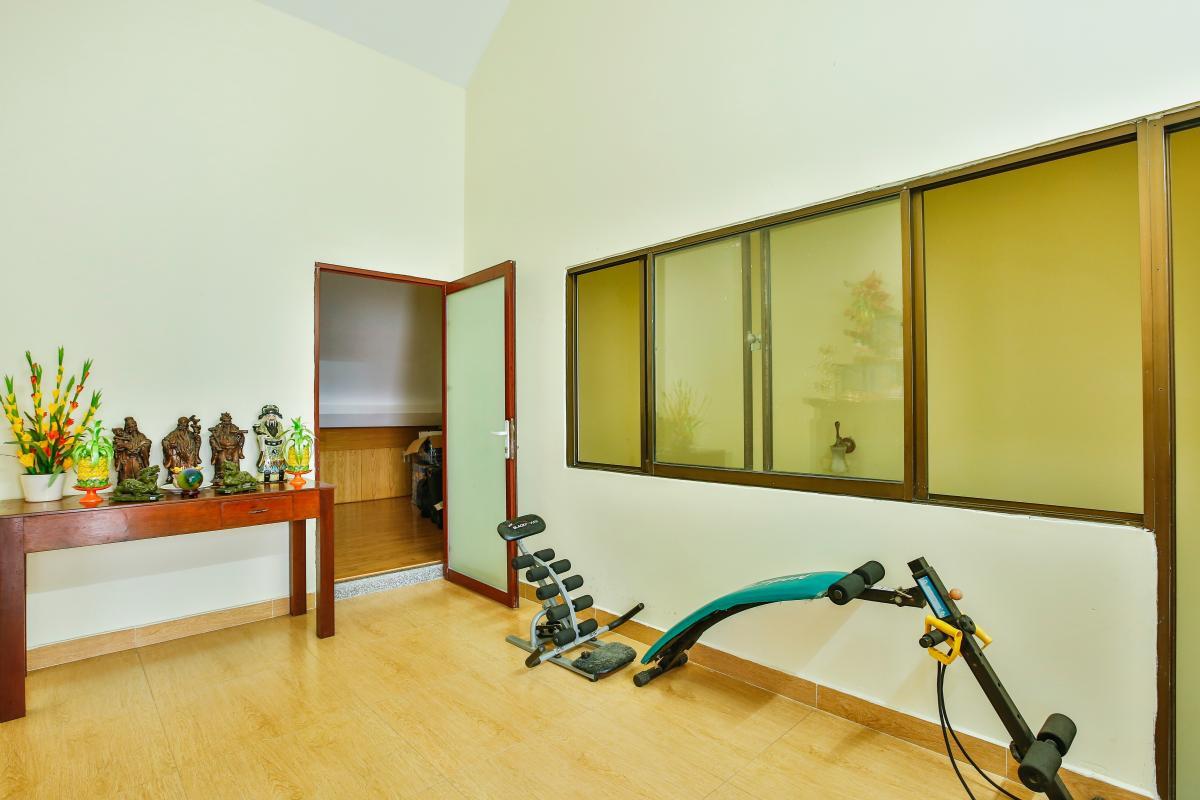 Phòng giải trí Nhà 3 tầng mặt tiền D48 Nam Long