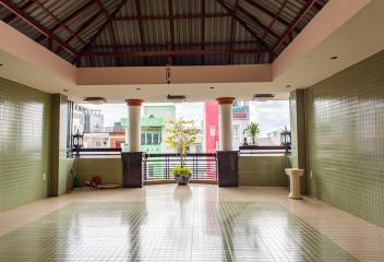 Nhà phố Nguyễn Văn Dung 4 tầng kiên cố 17