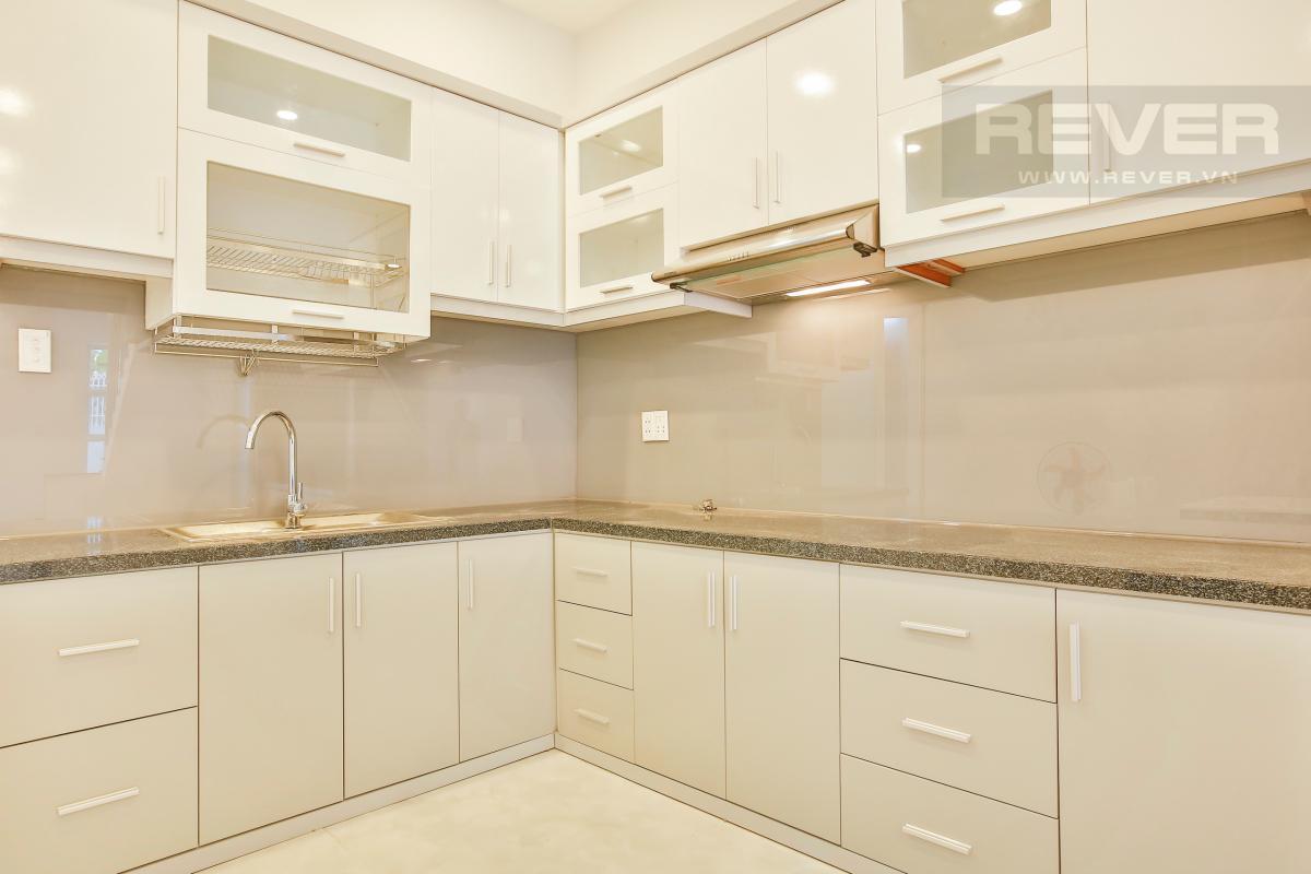 Nội thất phòng bếp hiện đại Nhà 2 tầng hướng Đông đường Số 64 Thảo Điền