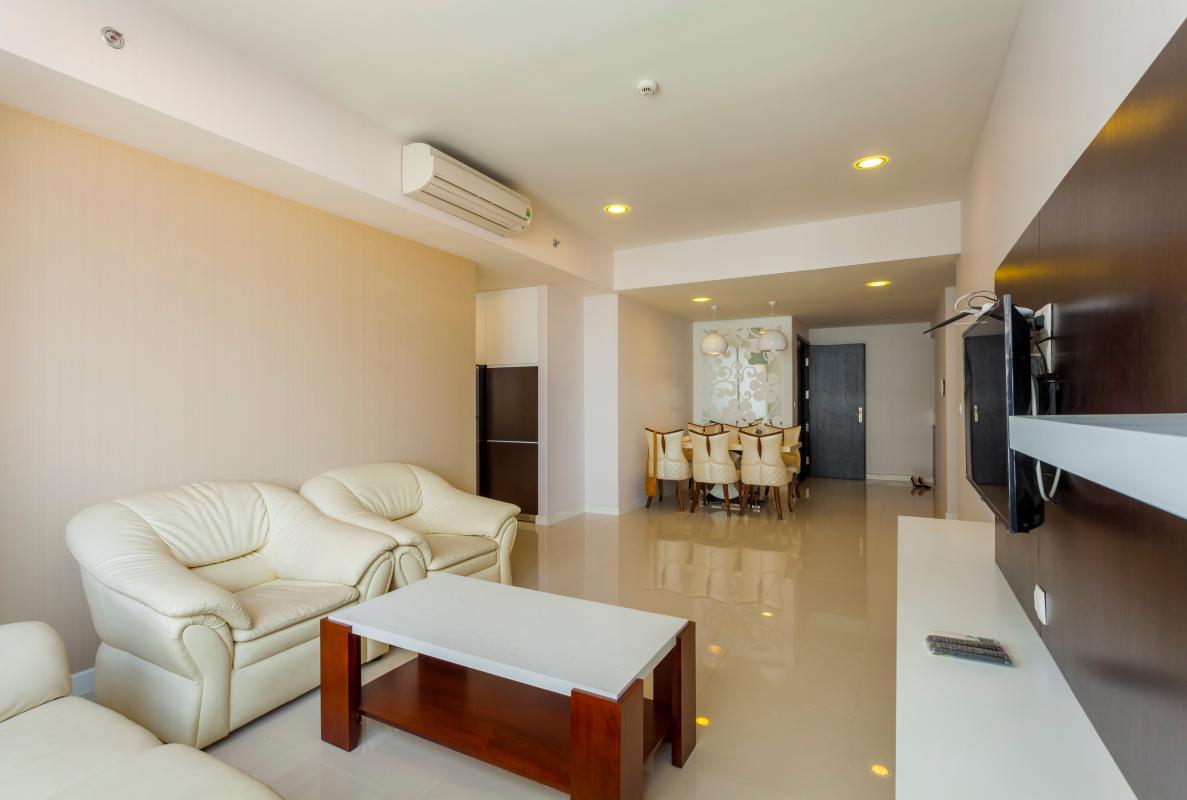 Nội thất phòng khách trẻ trung, sang trọng Căn góc trung tầng V1 Sunrise City