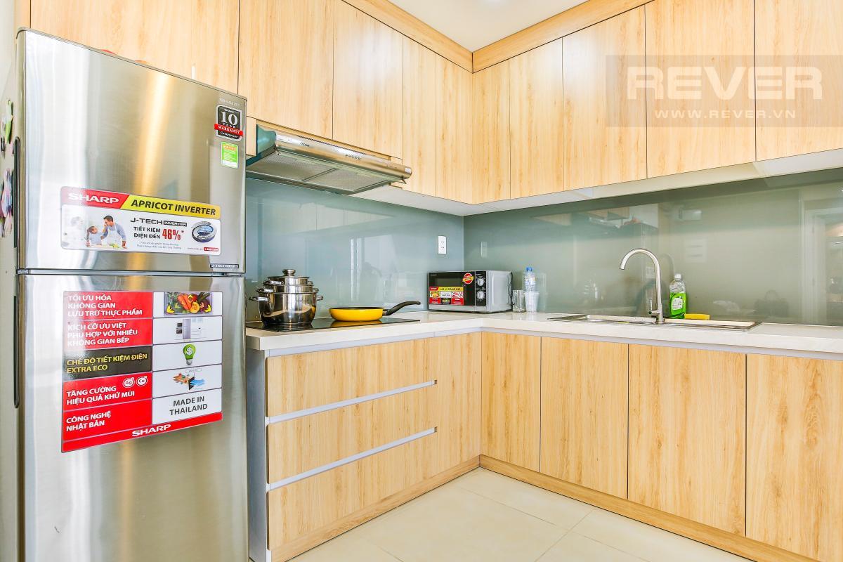 Phòng bếp với đầy đủ trang thiết bị nhà bếp cao cấp Căn hộ hướng Đông Bắc trung tầng T1A Masteri Thảo Điền