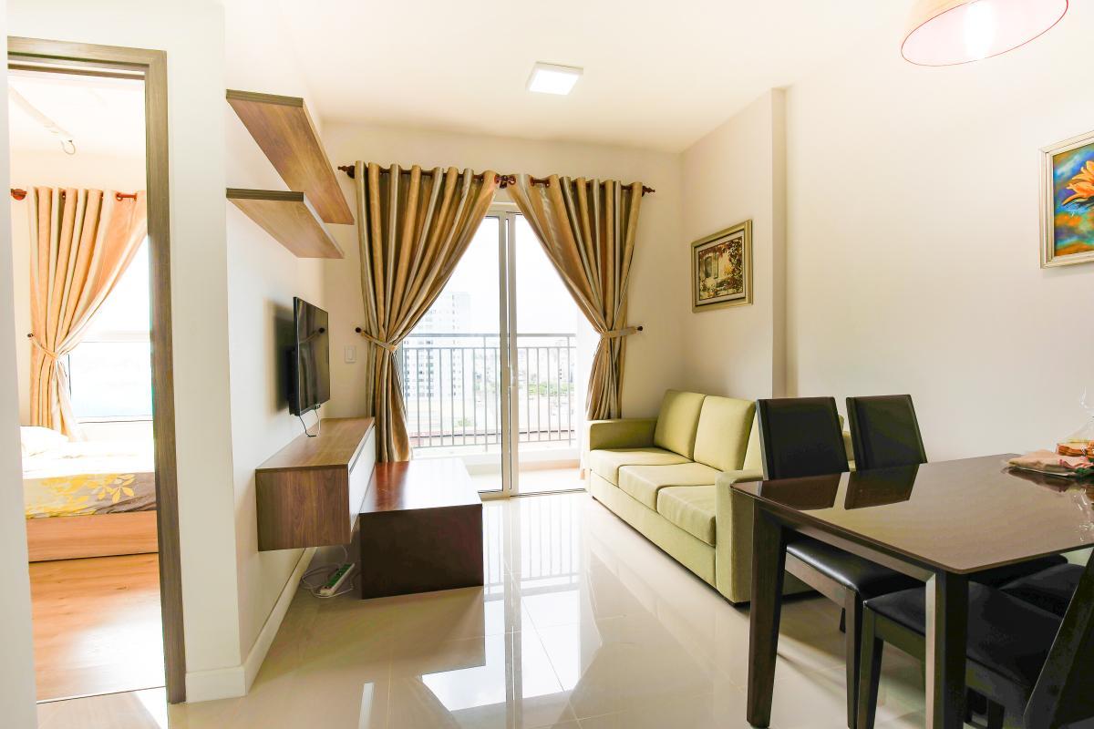 Phòng khách hướng Bắc Căn hộ Galaxy 9 tầng thấp G1 2 phòng ngủ, đủ nội thất