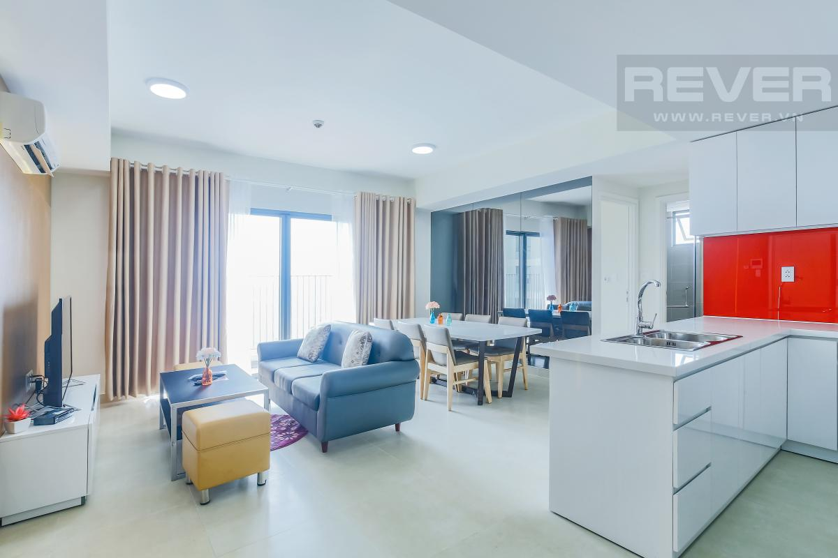 Khu bếp nhìn về phòng khách Căn góc tầng cao T1A Masteri Thảo Điền