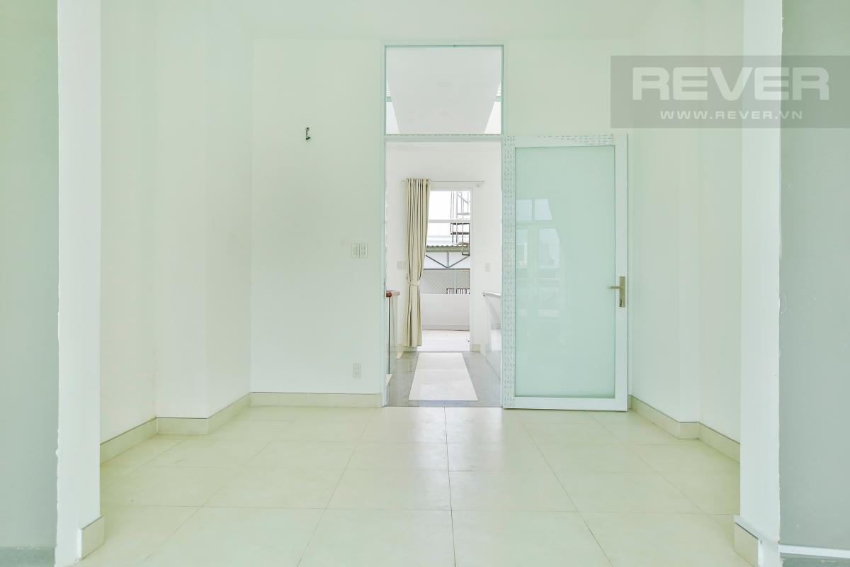 Phòng ngủ 2 Nhà 4 tầng mặt tiền D1 Bình Thạnh