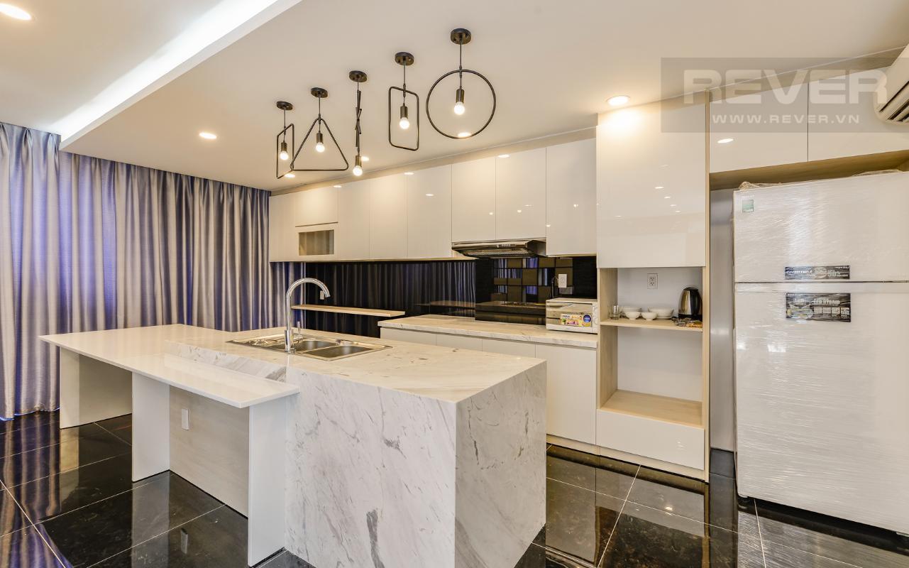Phòng bếp của phòng có diện tích lớn M & T Building cho thuê phòng đủ nội thất, nhiều diện tích sử dụng