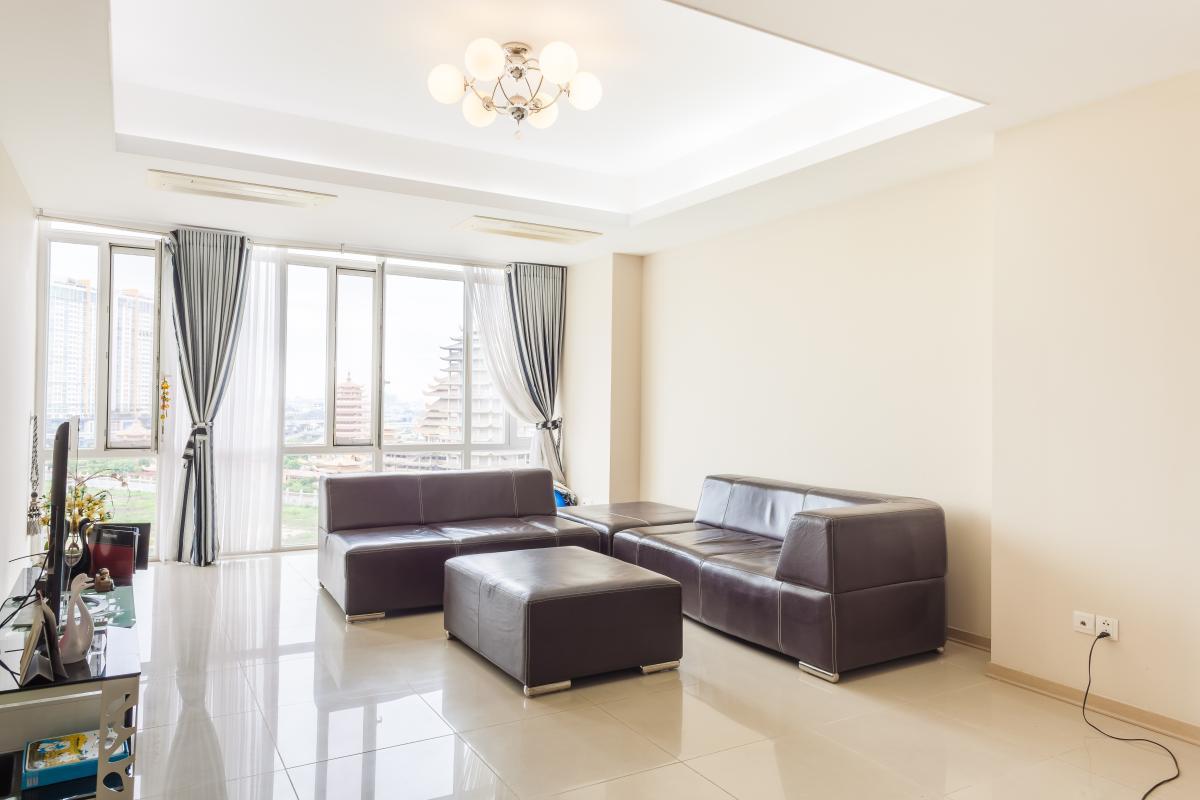 Phòng khách tầm nhìn hướng Bắc Căn hộ tầng cao A3 Imperia An Phú
