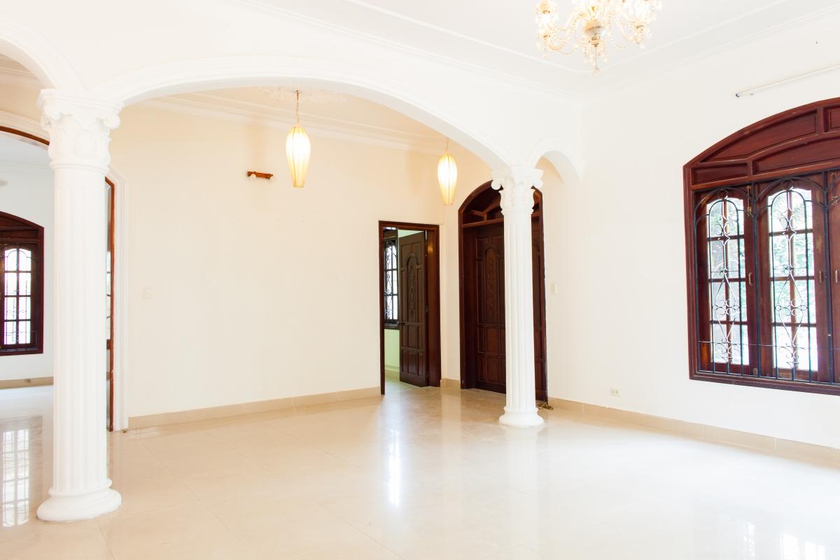 Villa Nguyễn Đăng Giai phong cách cổ điển 4