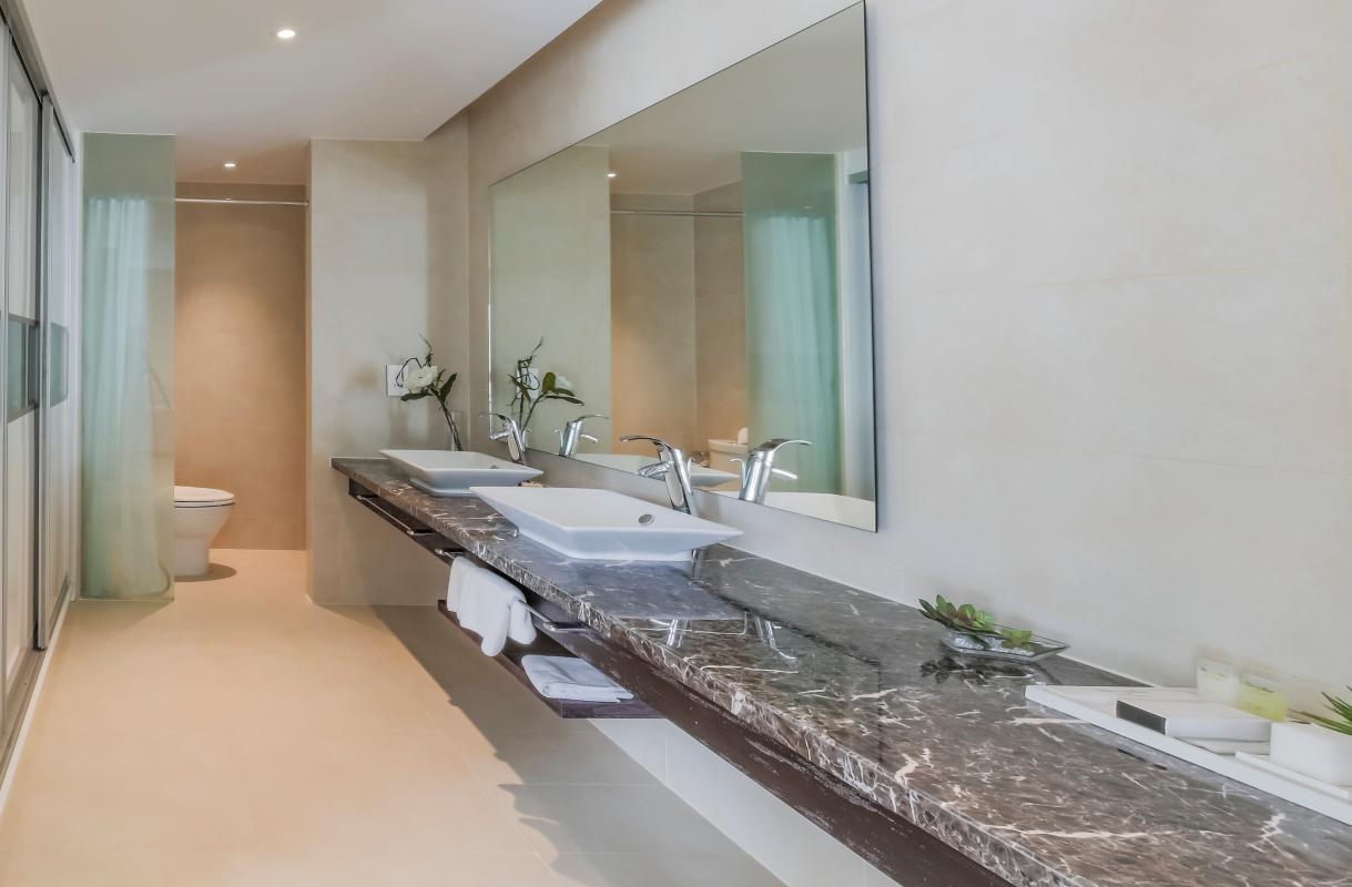 Phòng tắm chung Căn duplex trung tầng Tower 3 Brilliant Đảo Kim Cương