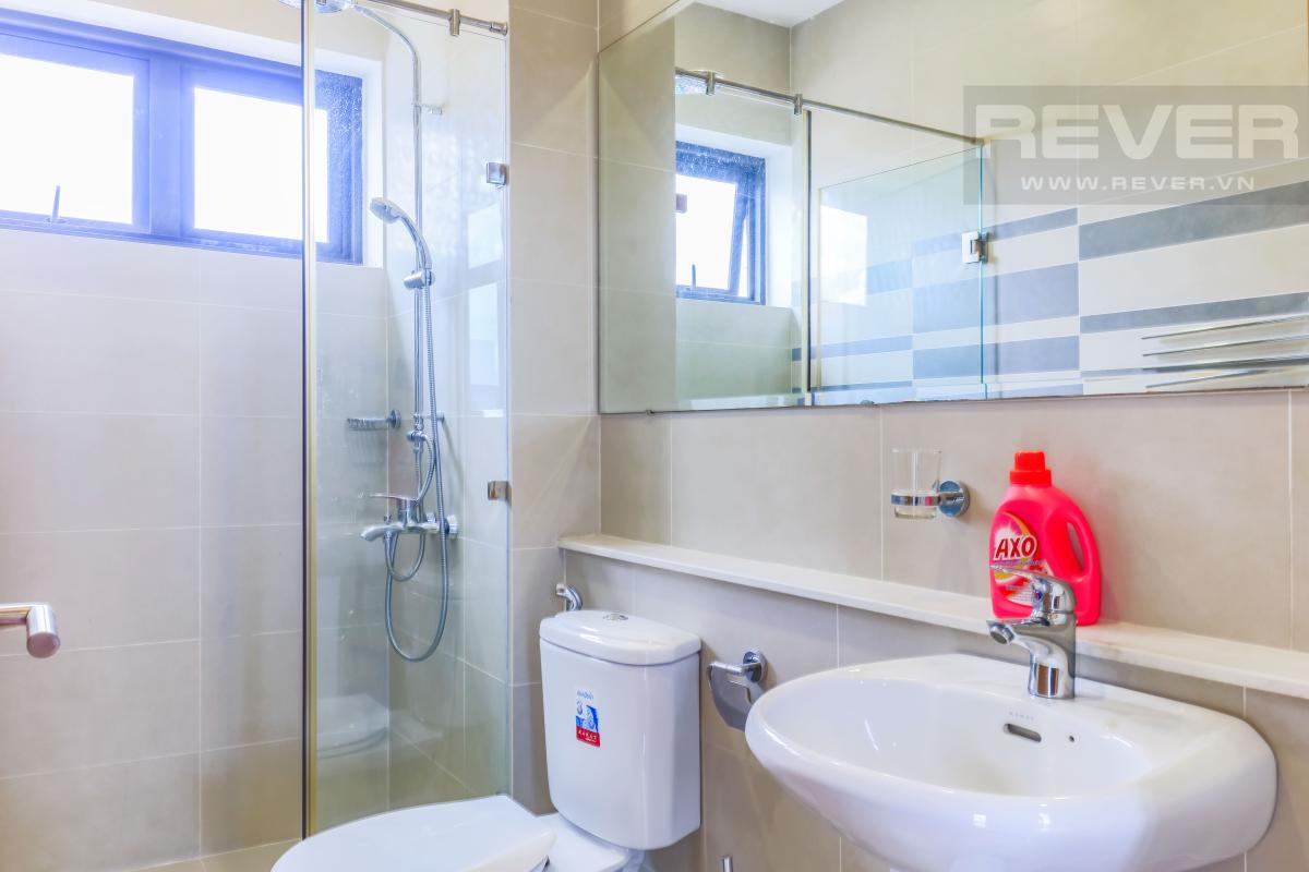 Phòng tắm 3 Villa Lucasta song lập có sân vườn, nội thất cao cấp