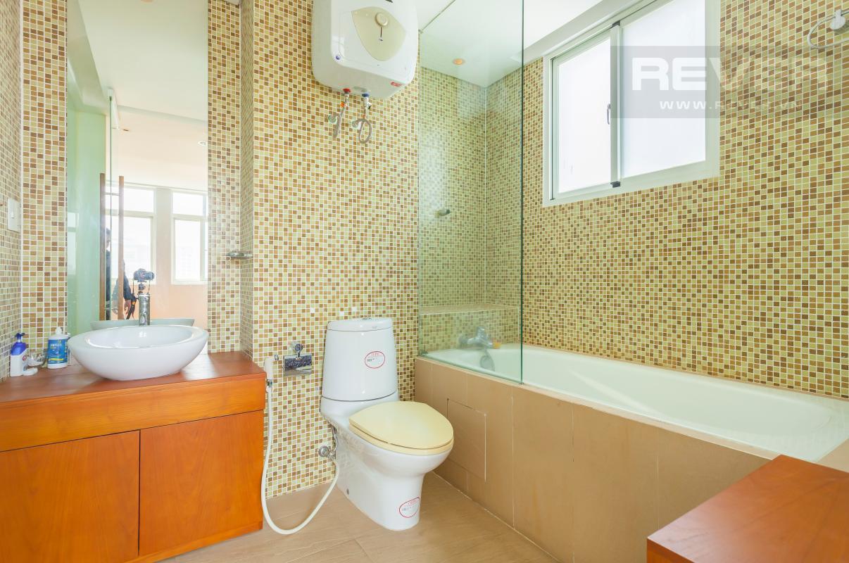 Phòng tắm 1 Căn hộ duplex Cảnh Viên 1 tầng thấp AB1 hướng Tây, 3 phòng ngủ