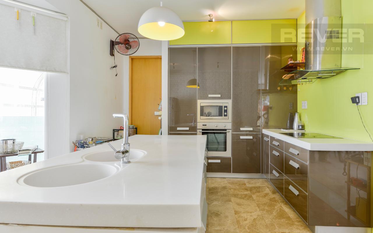 Không gian phòng bếp Villa 2 tầng có sân vườn hướng Đông Bắc Hưng Thái 2