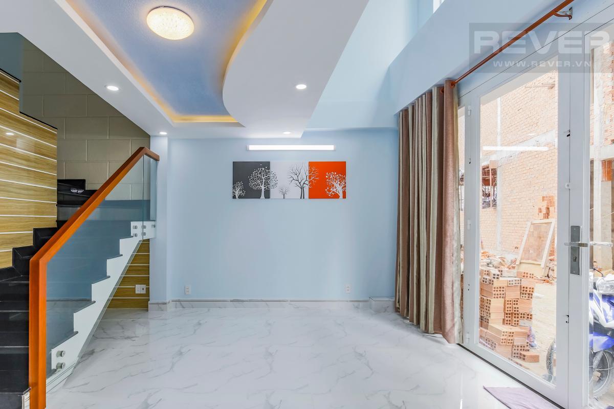 Phòng khách rộng rãi Nhà 4 tầng hẻm Chu Văn An Bình Thạnh