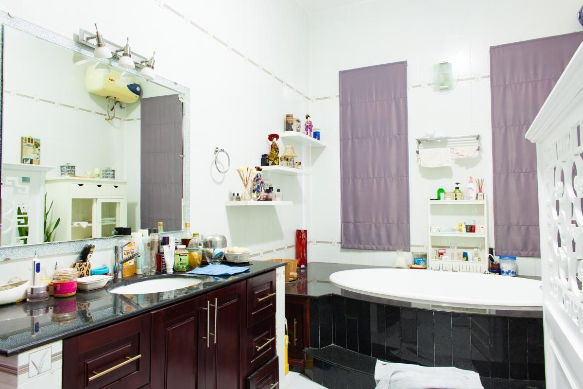 Phòng tắm chính Villa 3 tầng đường Số 20 Linh Đông Thủ Đức