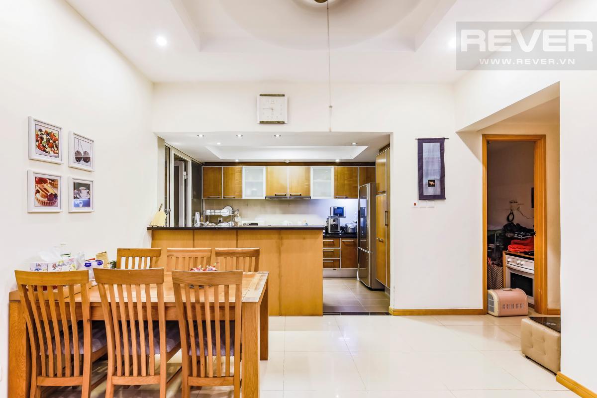 Phòng bếp tiện nghi Căn góc tầng cao Topaz 1 Saigon Pearl