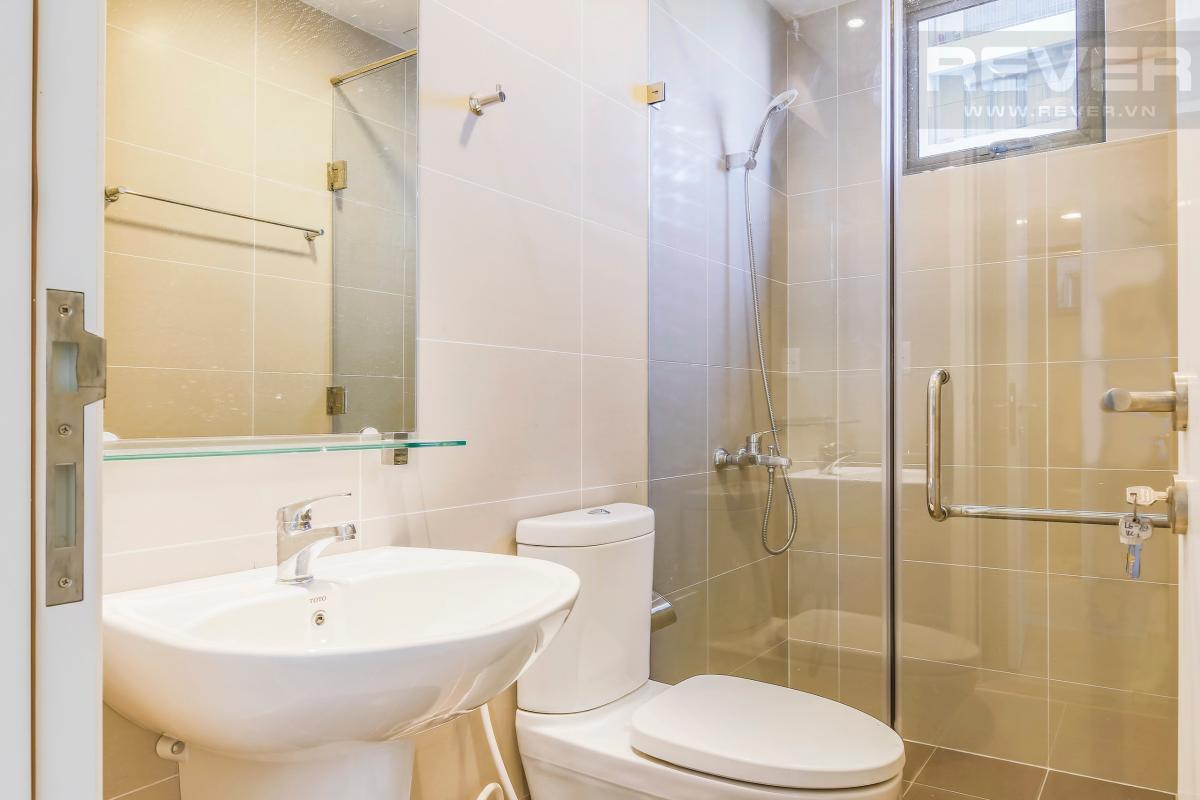 Phòng tắm 2 Căn góc trung tầng T4B Masteri Thảo Điền