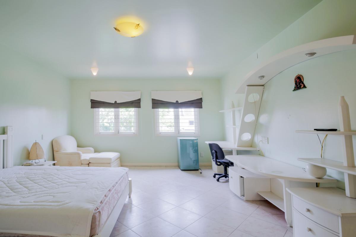 Phòng ngủ 3 Villa sân vườn có hồ bơi Nguyễn Văn Hưởng