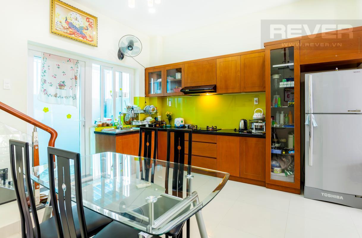 Không gian phòng bếp Nhà 3 tầng hướng Đông Bắc khu dân cư Mega Village Khang Điền