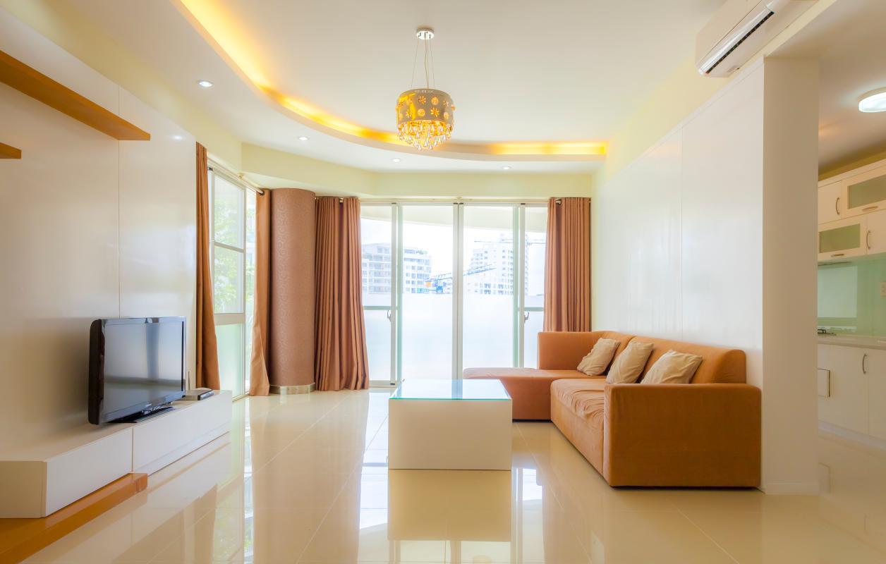 Phòng khách tầm nhín hướng Đông Nam Căn hộ tầng thấp Riverpark Residence