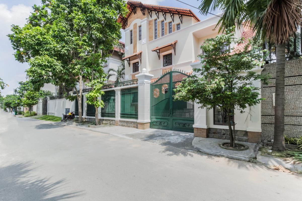 Villa 3 tầng Nguyễn Văn Hưởng