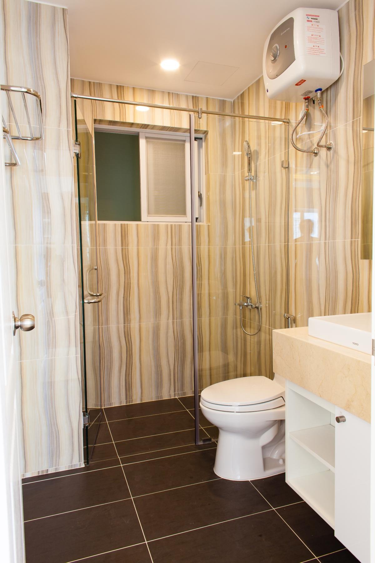 Phòng tắm trong phòng ngủ lớn Căn hộ tầng cao tháp L Happy Valley