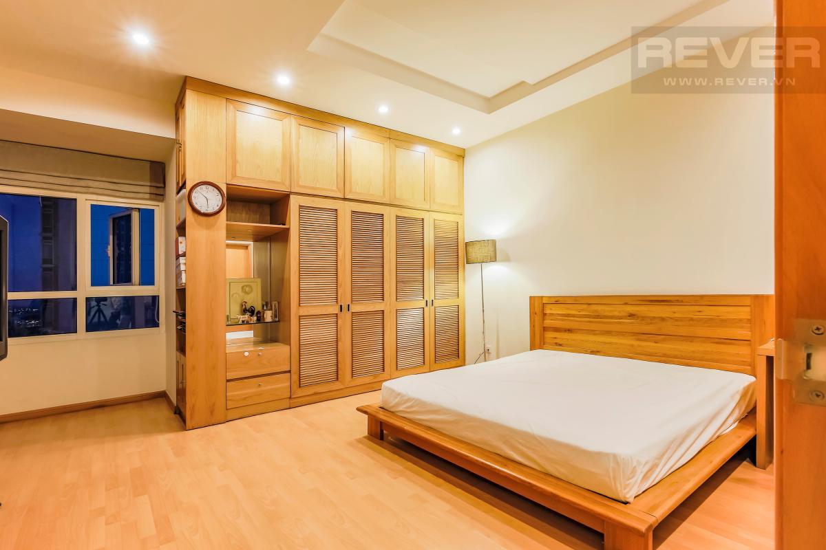 Phòng ngủ sang trọng Căn góc tầng cao Topaz 1 Saigon Pearl