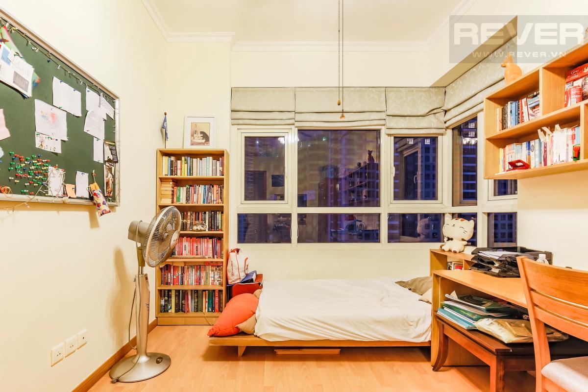 Phòng ngủ vị trí góc Căn góc tầng cao Topaz 1 Saigon Pearl