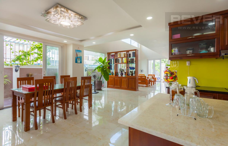 Khu vực bàn ăn thông thoáng Villa 3 tầng Đường Số 14 Hoàng Quốc Việt