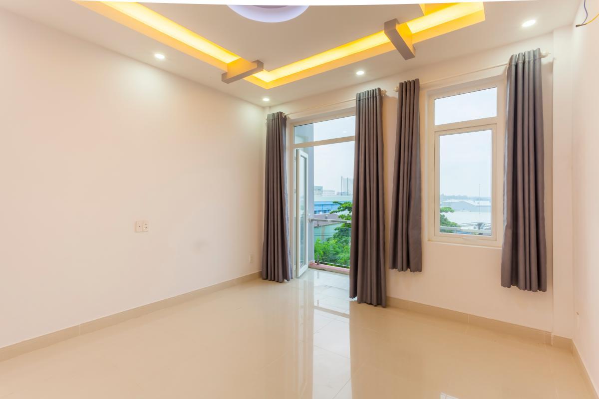 Phòng ngủ 5 Nhà 5 tầng hướng Tây mặt tiền  Trần Văn Dư Tân Bình