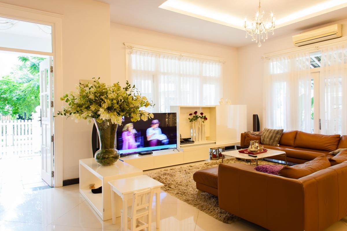 Phòng khách Villa 2 tầng đơn lập Mỹ Phú 1A