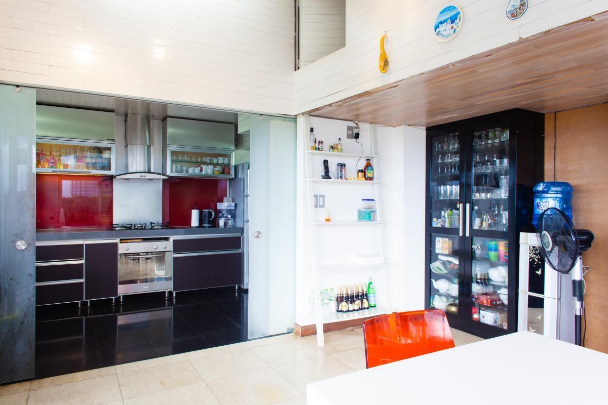 Nội thất phòng bếp Penthouse hướng Bắc AE Mỹ Khánh 2