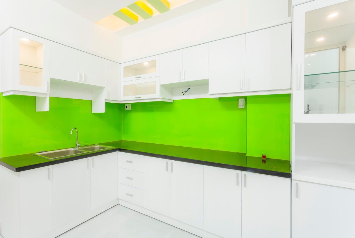 Phòng bếp Nhà 4 tầng hẻm Phan Xích Long hướng Đông Nam thoáng mát